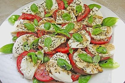 Mozzarella - Tomaten - Salat 8