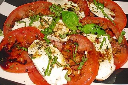 Mozzarella - Tomaten - Salat 35