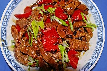 Rinderfilet mit Paprika und schwarzer Bohnensauce