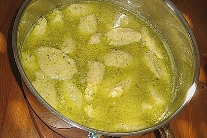 Grießklößchensuppe mit Petersilie 7