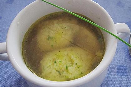 Grießklößchensuppe mit Petersilie 6
