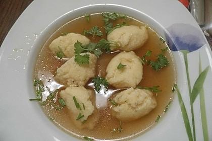 Grießklößchensuppe mit Petersilie 5