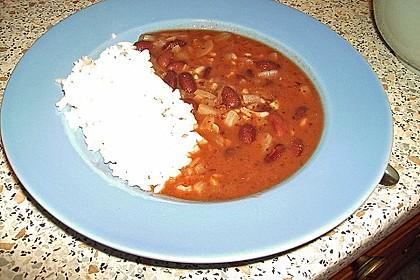 Reis mit Bohnensoße