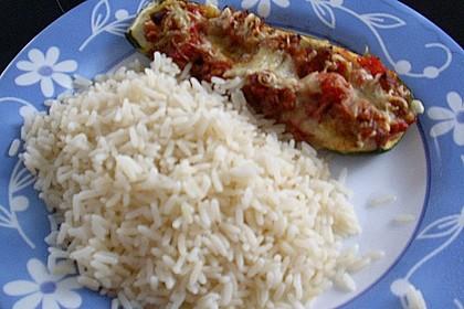 Gefüllte Zucchini 85