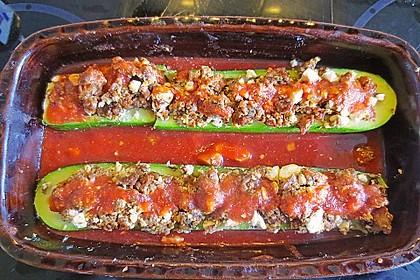 Gefüllte Zucchini 90