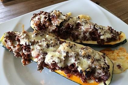 Gefüllte Zucchini 37