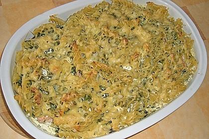 Nudelauflauf mit Spinat und Lachs 18