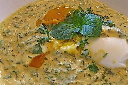 Eier in Kräutersauce