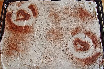 Kirsch - Eierlikör - Blechkuchen mit Schmand - Sahne 58