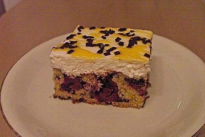 Kirsch - Eierlikör - Blechkuchen mit Schmand - Sahne 18