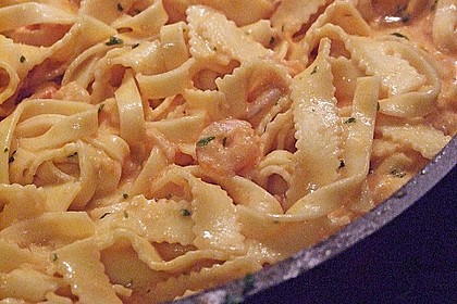 Pasta mit Knoblauch - Tomaten - Shrimps 8