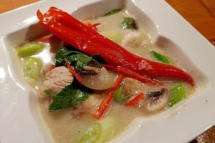 Tom Kha Gai - die berühmte Hühnersuppe mit Kokosmilch und Galgant 27