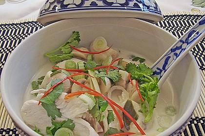 Tom Kha Gai - die berühmte Hühnersuppe mit Kokosmilch und Galgant 5