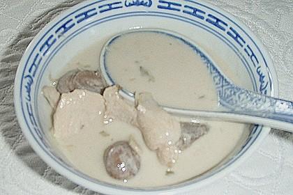 Tom Kha Gai - die berühmte Hühnersuppe mit Kokosmilch und Galgant 56