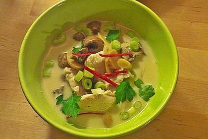 Tom Kha Gai - die berühmte Hühnersuppe mit Kokosmilch und Galgant 19