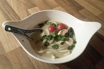 Tom Kha Gai - die berühmte Hühnersuppe mit Kokosmilch und Galgant 23