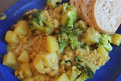 Kartoffel-Brokkoli-Curry mit Kokosmilch 78