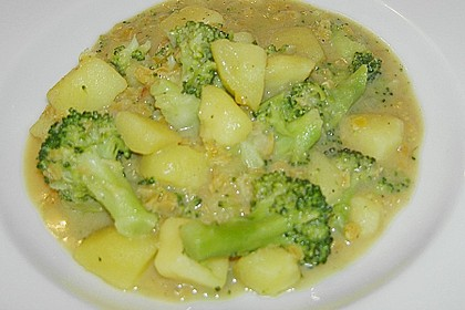Kartoffel-Brokkoli-Curry mit Kokosmilch 53