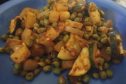 Kartoffel-Brokkoli-Curry mit Kokosmilch 32