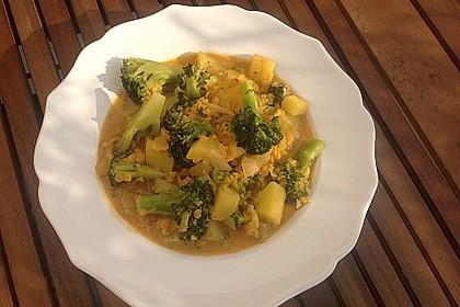 Kartoffel-Brokkoli-Curry mit Kokosmilch 20