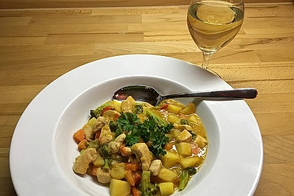 Kartoffel-Brokkoli-Curry mit Kokosmilch 21