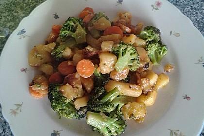 Kartoffel-Brokkoli-Curry mit Kokosmilch 43