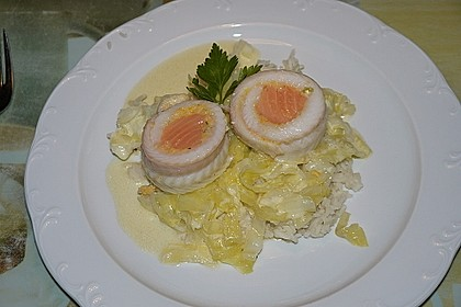 Roulade von Seezunge und Lachs auf gebratenem Chinakohl in Limonensauce 3