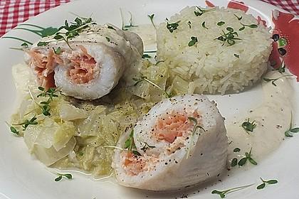 Roulade von Seezunge und Lachs auf gebratenem Chinakohl in Limonensauce 1