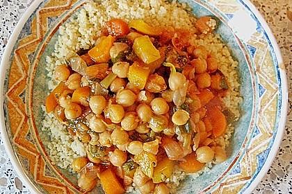 Couscous mit würzigem Kichererbsen-Stew 4