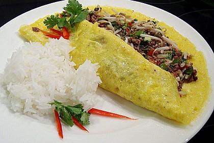 Gefülltes Thai-Omelette