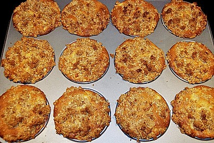 Apple Crumble Muffins 1