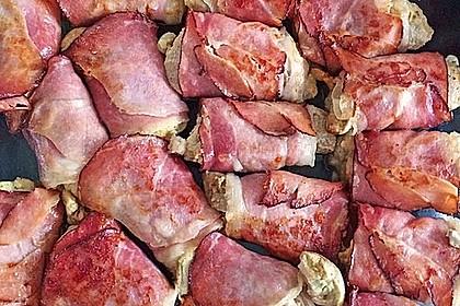 Schweinemedaillons im Parmaschinkenmantel mit Steinpilz - Gorgonzola - Sauce 33