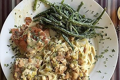 Schweinemedaillons im Parmaschinkenmantel mit Steinpilz - Gorgonzola - Sauce 67