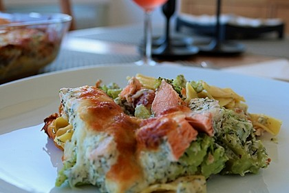 Nudel - Lachs - Auflauf mit Brokkoli