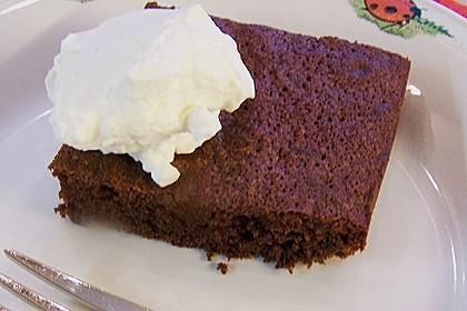 Saftiger Schokoladenkuchen vom Blech 3