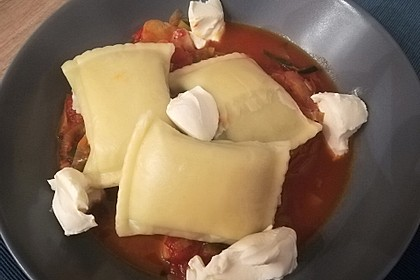 Maultaschen mit Lauch - Tomaten - Gemüse 7