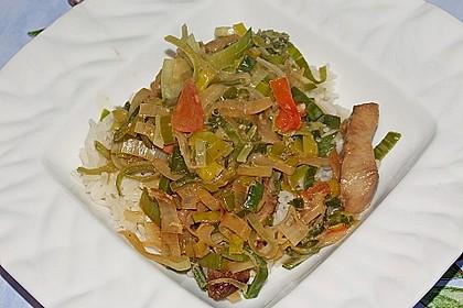 Maultaschen mit Lauch - Tomaten - Gemüse 12