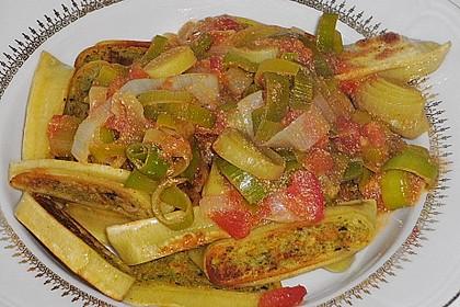 Maultaschen mit Lauch - Tomaten - Gemüse 2