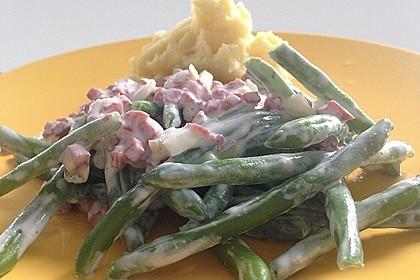 Bohnensalat mit saurer Sahne und Speck 7