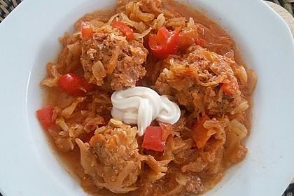 Ungarische Takart mit Sauerkraut 1