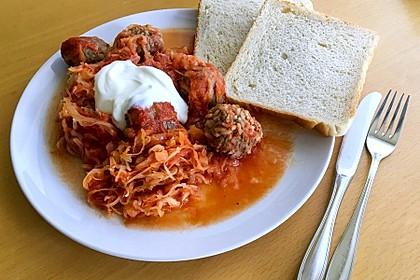Ungarische Takart mit Sauerkraut 2