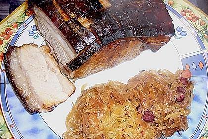 Schweinekrustenbraten auf Sauerkraut 11