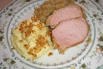 Schweinekrustenbraten auf Sauerkraut 1