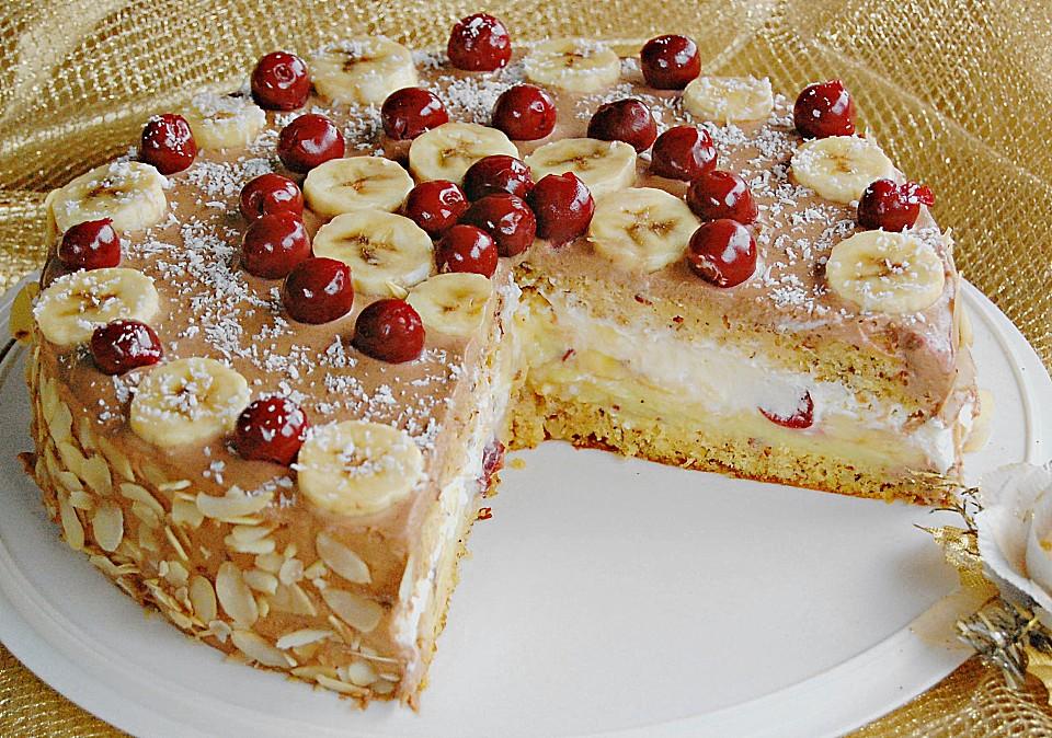 Bananen Kirsch Torte Mit Sahnecreme Und Nougatcreme Von