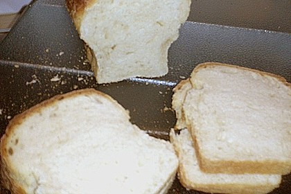Goldener Toast 216