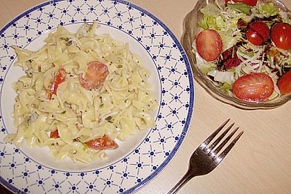 Fettuccine mit Gorgonzola und Tomaten