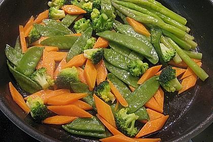 Skreifilet auf der Haut gebraten mit Kapernjus und einer Gemüsevariation 6