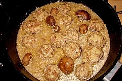 Illes leicht gefüllte Champignonköpfe auf Ofenkartoffeln 39