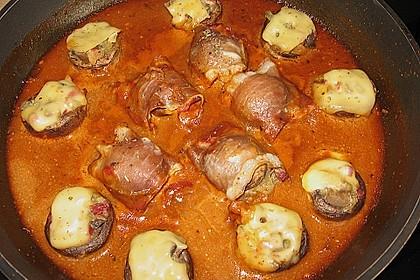 Illes leicht gefüllte Champignonköpfe auf Ofenkartoffeln 24