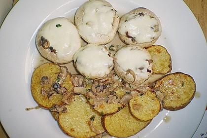 Illes leicht gefüllte Champignonköpfe auf Ofenkartoffeln 17